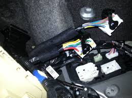 how to aftermarket amp wiring through door molex hyundai forums 8 the others can be accessed through the fuse panel cover by the steering wheel disconnect these and do not worry about labeling as they are all unique