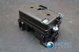fuse box & lid assembly 15285986 oem chevrolet ssr 2005 06 pacific federal pacific fuse box parts Pacific Fuse Box #26