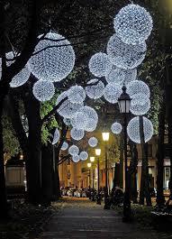 light installation by mbeam lichtkunst lichtinstallation photo via muenchen de