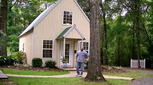 small houses that live large home design tiny house tour grand fine homebuilding small homes that