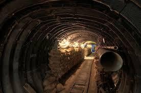 Resultado de imagem para tunnel spy museum