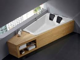 Large bathtubs for two persons