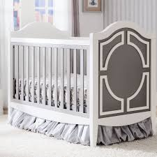 hollywood collection crib in white with grey