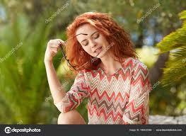 Portrét Zrzavé Vlasy Rozkošný Dívka červené Vlasy Stock Fotografie