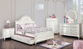 Hamlin Youth Traditional Bedroom Set in Off-White
