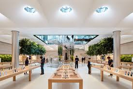Fifth Avenue Interior Design Inside Foster Partners Newly Remodeled Fifth Avenue Apple