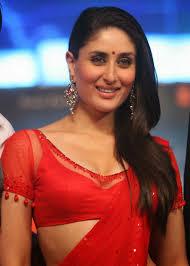 Kareena Kapoor Super Sexy Skin Show In Red Saree At Film Ra.One.