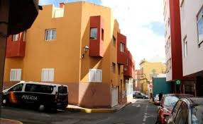 Detienen a un hombre por robar del interior de dos turismos en Telde |  Canarias7