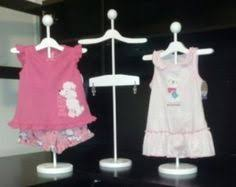 Baby Clothes Display Stand Use stands to display baby clothes for cute decorations Showers 9