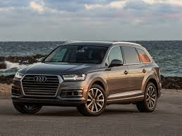 "AUDI Q7 EARNS 2018 CAR AND DRIVER ""10 BEST MID-SIZE LUXURY TRUCK ..."