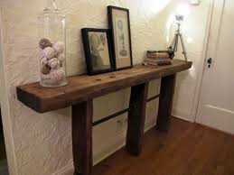 Front door table - DIY Reclaimed Wood and Pipe Table