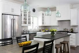 traditional kitchen by winn design build