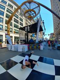 playhouse square cleveland ohio the world s largest outdoor chandelier exists in the historic