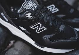 new balance 1600. the new balance 1600 sound and stage is said to be inspired by bright lights, loud music dj\u0027s that turn up scene all over world.