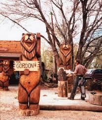 custom chainsaw carvings