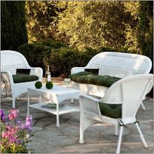 Use Traditional White Wicker Frame and Martha Stewart Patio Furniture Cushions in Natural Patio Area