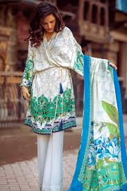 Fantastic long sleeve outfit winter ideas Brown Who Said One Can Not Look Breath Takingly Amazing In Eastern Clothes In Winters Well If You Wear Something That Has Perfect Styling And Colors Then Get Target Australia 25 Elegant Winter Dresses For Pakistani Girls For 20172018 Folder