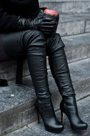 hooker boots. Twitter Hooker Boots