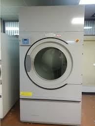 electrolux dryer 6 5kg. lot 100: electrolux commercial tumble dryer model t4200-65 kg .rated -gas -3 phase 415 volt -2500 mm high x 1290 1360 mm, not tested - roller door needs 6 5kg