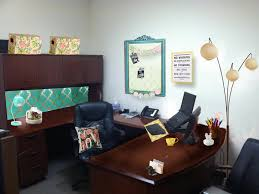 how to decorate a office. How To Decorate An Office Interior Habanasalameda  House Decorating A N