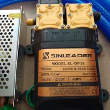 Bộ Rửa Xe Máy - Xe Oto - Xe Hơi - Tưới Cây Máy Bơm Mini 12V Sinleader kèm  đầu xịt nhôm cao cấp - Máy xịt rửa và phụ kiện Nhãn