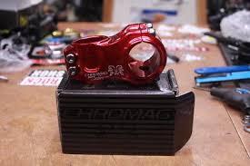 chromag hifi 31 8 mountain bike stem 50mm x 0 degrees 31 8mm bar cl red
