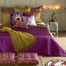 Purple And Gold Bedroom Romantic Bedroom Colours For Valentines By Homearena