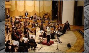 Ansambel ini memiliki arti rombongan musik. Musik Ansambel Pengertian Jenis Dan Contoh Alatnya Lengkap Weschool Id