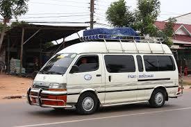 File:Toyota Hiace in Savannakhet 01.jpg - Wikimedia Commons