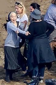 [PICS] 'Game Of Thrones' Cast Photos: See Emilia Clarke On Set & More