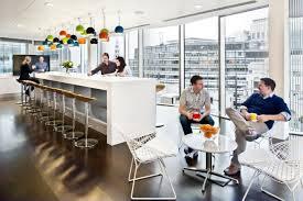 natural light office. RTKL London Office. © Photobanks Ltd. / Jonathan Banks Natural Light Office G