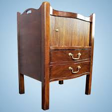 henredon natchez mahogany commode side table nightstand cabinet chest of drawers