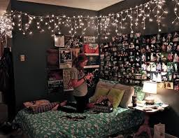 bedroom ideas christmas lights. Exellent Bedroom Bright And Modern Christmas Lights Bedroom Ideas Decor Ceiling Diy Window  Safe Inside H