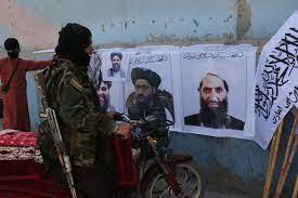 """رجل ظل"""" في طالبان يطل.. تفاصيل عن """"هبة الله"""""""