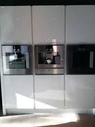 white gloss kitchen cabinet doors b q gloss white slab kitchen cabinet