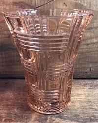 vintage pink depression glass vase with basket weave pattern