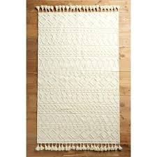 chic rugs if you red wine and are the cleanest person in the world this chic rugs vintage rug shabby
