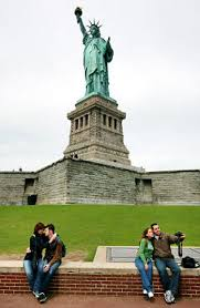 kids essays flood news winners to climb liberty s crown ny the statue of liberty has brought out the writer in ny kids