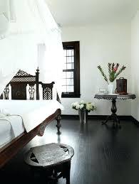dark wood floors bedroom beautysalonessendoninfo
