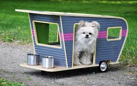 And finally - the perfect cool dog house for those that like to travel. The