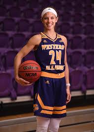 Taylor Higginbotham - Women's Basketball - Western Illinois ...