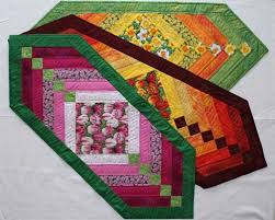130+ Free Table Runner Patterns | Project table, Patterns and ... & Chevron Table Runner - Free Quilting Pattern Adamdwight.com
