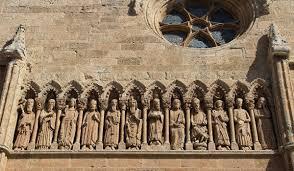 Friso de la puerta meridional de la Catedral de San María en Ciudad Rodrigo.  Salamanca por Javier González | Fotografía | Turismo de Observación