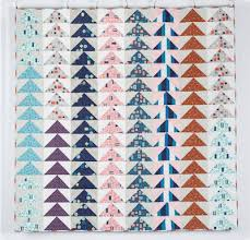 Flying Geese Quilt Pattern Stunning Quilt Inspiration Free Pattern Day Flying Geese Quilts