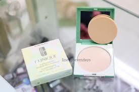 sevendays clinique superpowder double face makeup เบอร 01 matte ivory ขาวอมชมพ