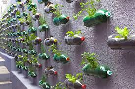 Top 10 - kreatywne pomysły na wykorzystanie plastikowej butelki - Archemon  - Architektura, Design, InspiracjeArchemon – Architektura, Design,  Inspiracje