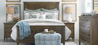 how to arrange bedroom furniture to make it look bigger 2564 k159a fa15