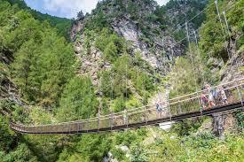 Hochwertige stufen aus wpc wahlweise in braun 5 stufen mit 80 bzw. Durch Die Tausend Stufen Schlucht Am Meraner Hohenweg Wandern Sudtirol Bis Gardasee Wandertipps Mit Fotos Gps Daten