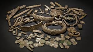 disered ds reveal extraordinary collections of viking jewelry