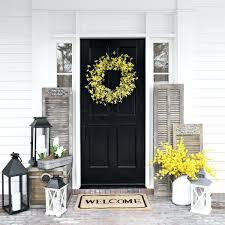 Greet Your Guests In Style With These Festive Summer Front Door Decor Ideas Front  Door Decorating Ideas For Winter Front Door Front Door Decorations India